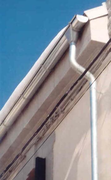 Canalones y bajantes canalones pozuelo canalones for Canalon de aluminio